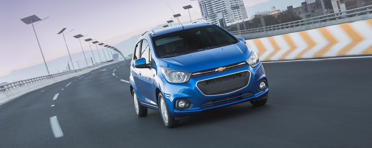 Chevrolet Beat Hatchback 2018 auto compacto color índigo