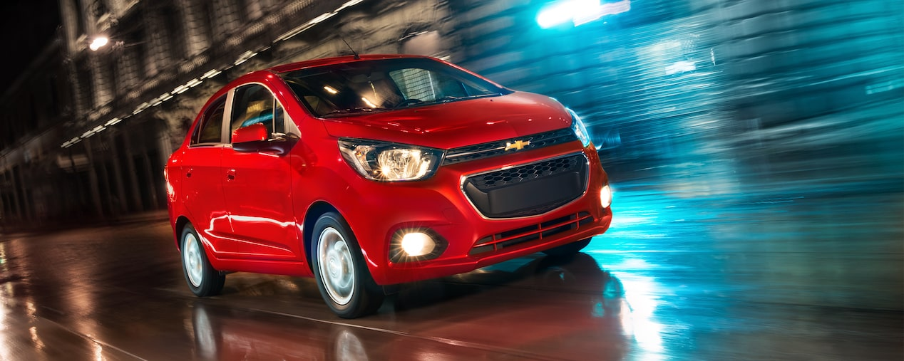 Chevrolet Beat Notchback 2018 auto sedan color rojo granada