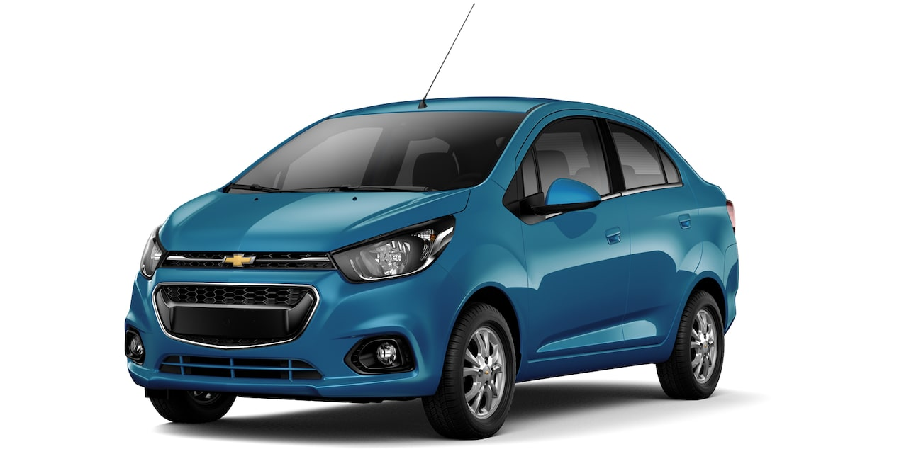 Chevrolet Beat Notchback  color azul caribe